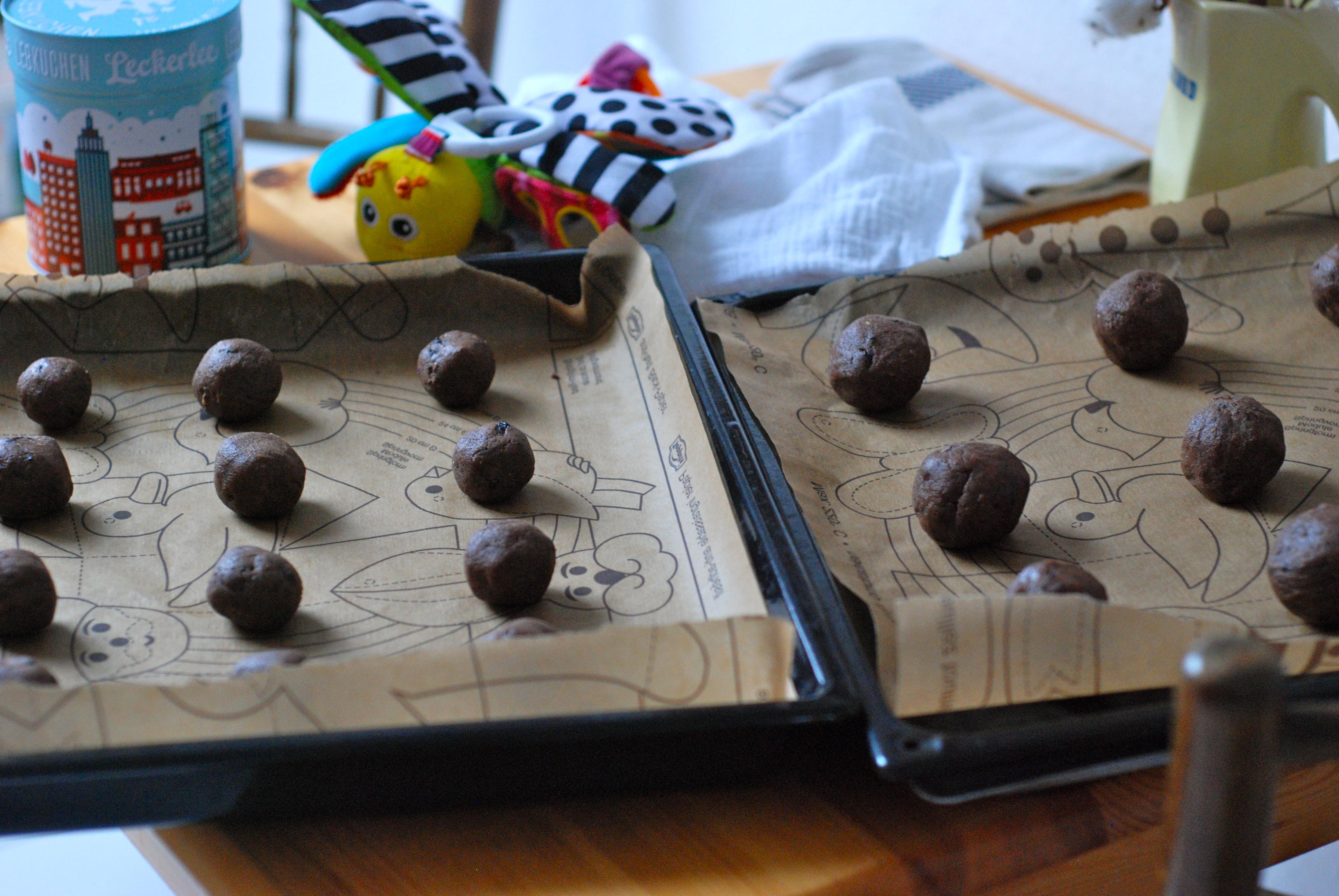 The Wednesday Chef Holidays And Celebrations Aaist Whole Hazelnut Milk Chocolate 100 Gram Balls