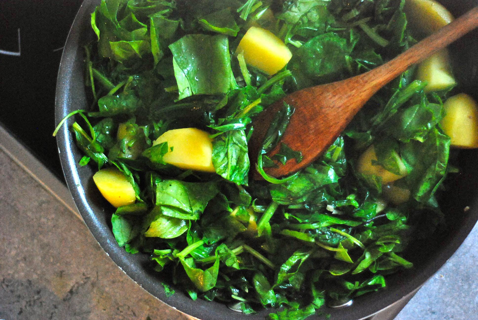 Herb Garden Potatoes With Fresh Spinach & Lemon Recipes — Dishmaps