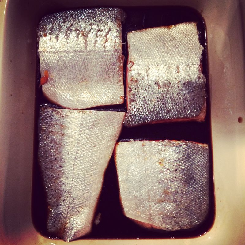 Salmon marinating