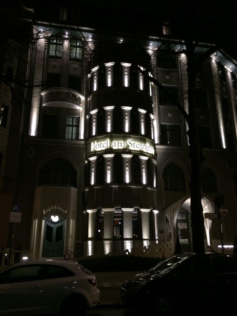 Hotel am Steinplatz facade